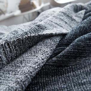 Bouclé  - Wool Blend knitted blanket