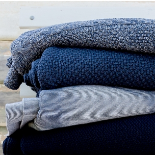 Spring - knitted blankets in indigo & navy