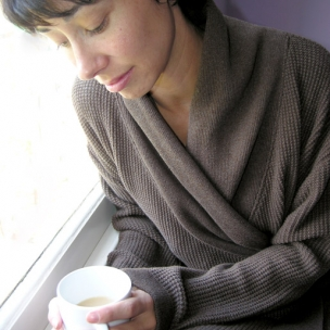 Luna Lounge moss knit dressing gown .