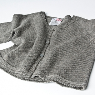 Cardi - Knitted in Extrafine Merino Wool